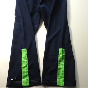 EUC Nike Cropped Capri Active Pants Women's 4-6